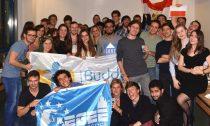 Einnige Buddys bei der International Night 2016 in Dresden